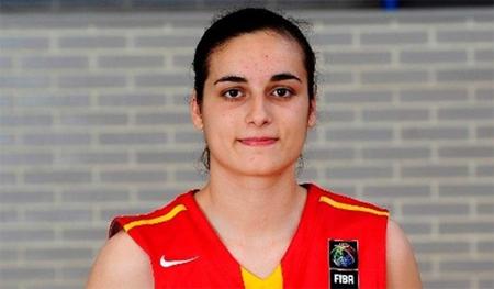 Ángela Salvadores, mejor jugadora joven de baloncesto de 2014