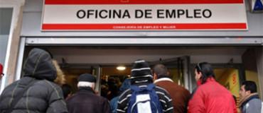 El desempleo se ceba con los menores de 25 años