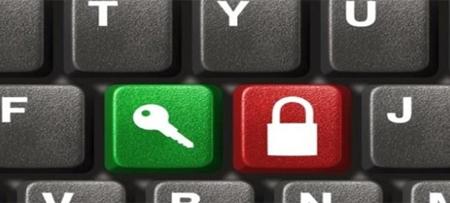 El 57% de los jóvenes se protegen en la Red con datos falsos