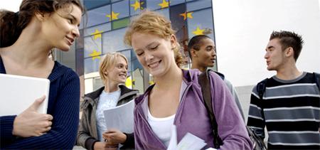 La Comisión Europea quiere dar más voz a los jóvenes a partir de 2019