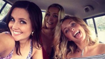 Éste es el vídeo musical de las tres modelos australianas del que todo el mundo habla