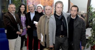 Conoce a los 40 jóvenes poetas en español más relevantes