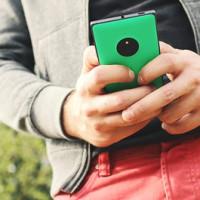 Un Premio Nobel de Medicina afirma que los móviles pueden hacerte enfermar