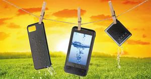 Dos jóvenes crean un sistema para recuperar los móviles mojados