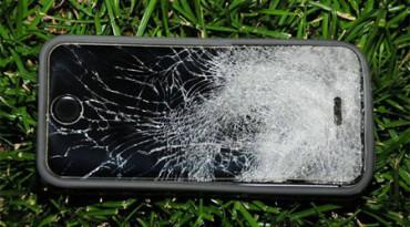 Joven salva la vida gracias al iPhone que llevaba en el bolsillo