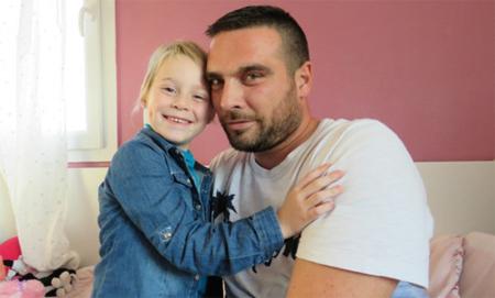 Podrá cuidar a su hija enferma gracias a 350 días de vacaciones cedidos por sus compañeros de trabajo