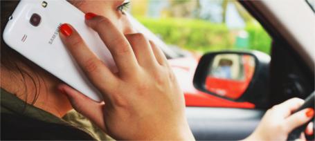 Nuevos radares de la DGT para detectar conductores que hablan por el móvil