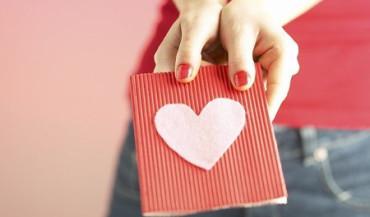 Los jóvenes no quieren regalos por San Valentín