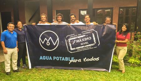 Cuatro amigos se unen para llevar agua potable a zonas rurales de América Latina