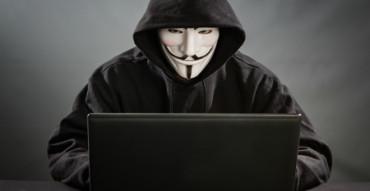Absueltos los tres acusados de formar la cúpula española de Anonymous