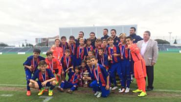 Conmovedor vídeo de los chicos del Infantil B del FC Barcelona consolando al rival