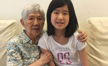 Niña de 12 años crea una app para comunicarse con enfermos de Alzheimer