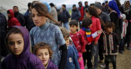 Más de 20.000 niños refugiados han cruzado solos el Mediterráneo hacia Italia este año