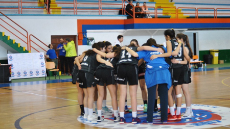 Ejemplo de deportividad en el Campeonato de España Junior Femenino