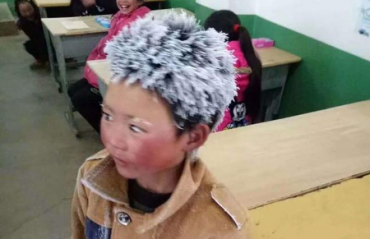 La inspiradora historia del niño chino que llegaba congelado a clase