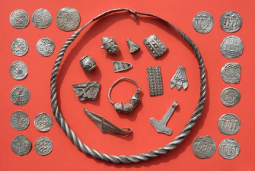 Un niño encuentra un tesoro vikingo de más de 1.000 años