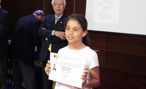 Con 9 años, se convierte en la árbitro más joven de España