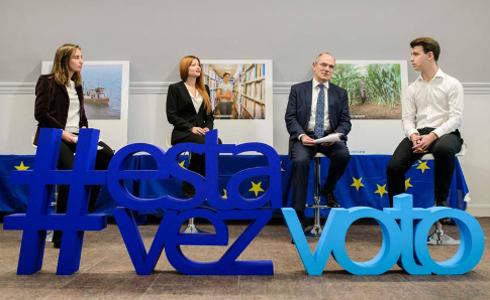 Bruselas lanza una campaña para impulsar el voto joven en las elecciones europeas