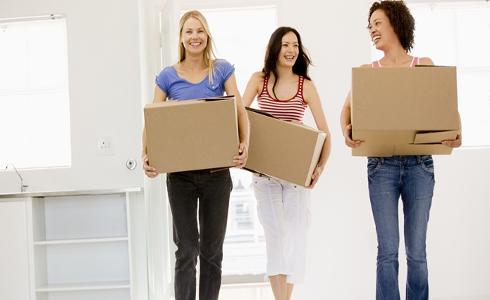 El 26,7% de los jóvenes europeos vive en pisos sobreocupados