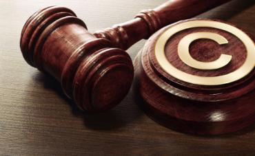 El Parlamento Europeo aprueba la polémica directiva sobre derechos de autor