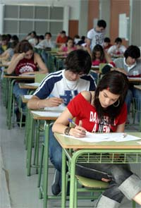 Los alumnos de ESO que suspendan la reválida sólo podrán matricularse en FP Básica