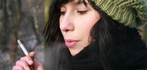 Investigación demuestra que fumar envejece el cerebro