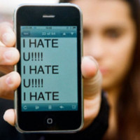 El 31% de los menores de 9 a 16 años ha sufrido acoso online